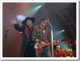 'Cover Girl' … New Dad … Montgomery Gentry